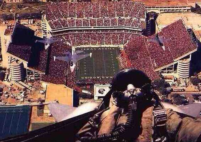 Selfie-pilot-jetfighter.jpg